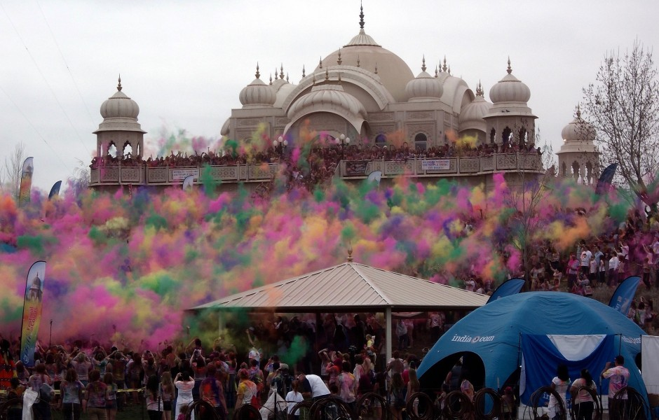 Open-Eyes-Project_Holi-Festival_India (1)